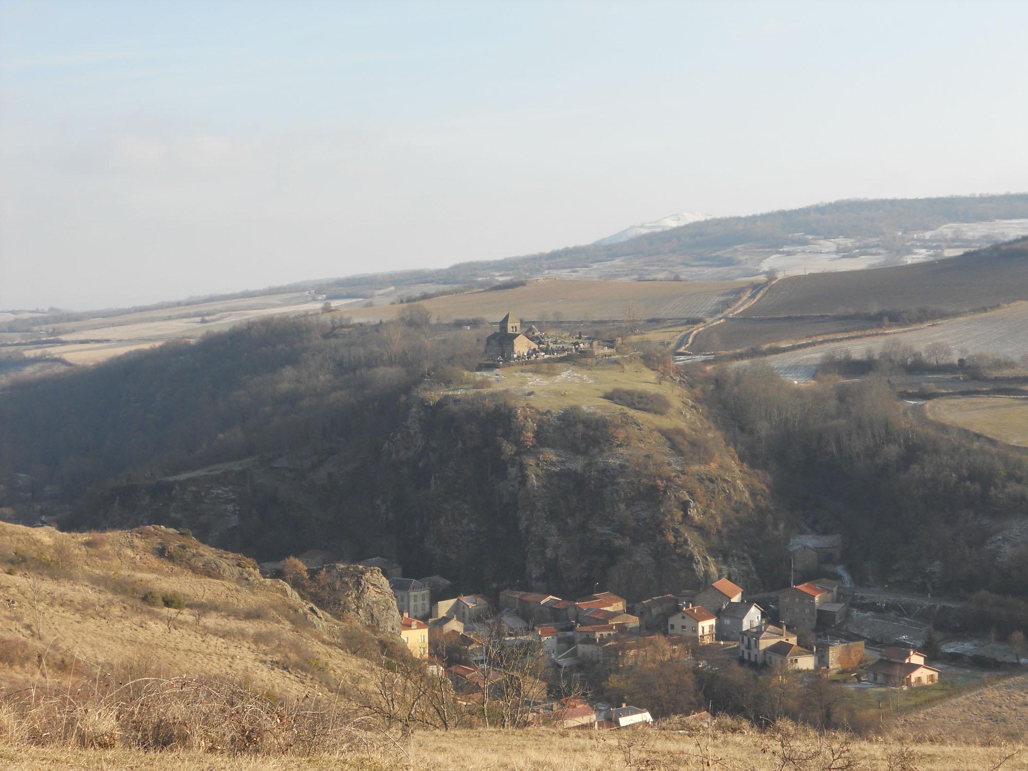 mur-sous-site-du-chastel